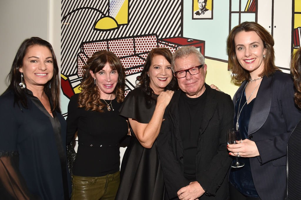 """Annie Falk, Jessica Reif Erhlich, Peggy Bonapace Gelfond, Daniel Libeskind and Catherine Hormats attend Daniel Libeskind's """"Edge Of Order"""" Book Launch At Rich And Peggy Gelfond's Residence at Private Residence on November 15, 2018 