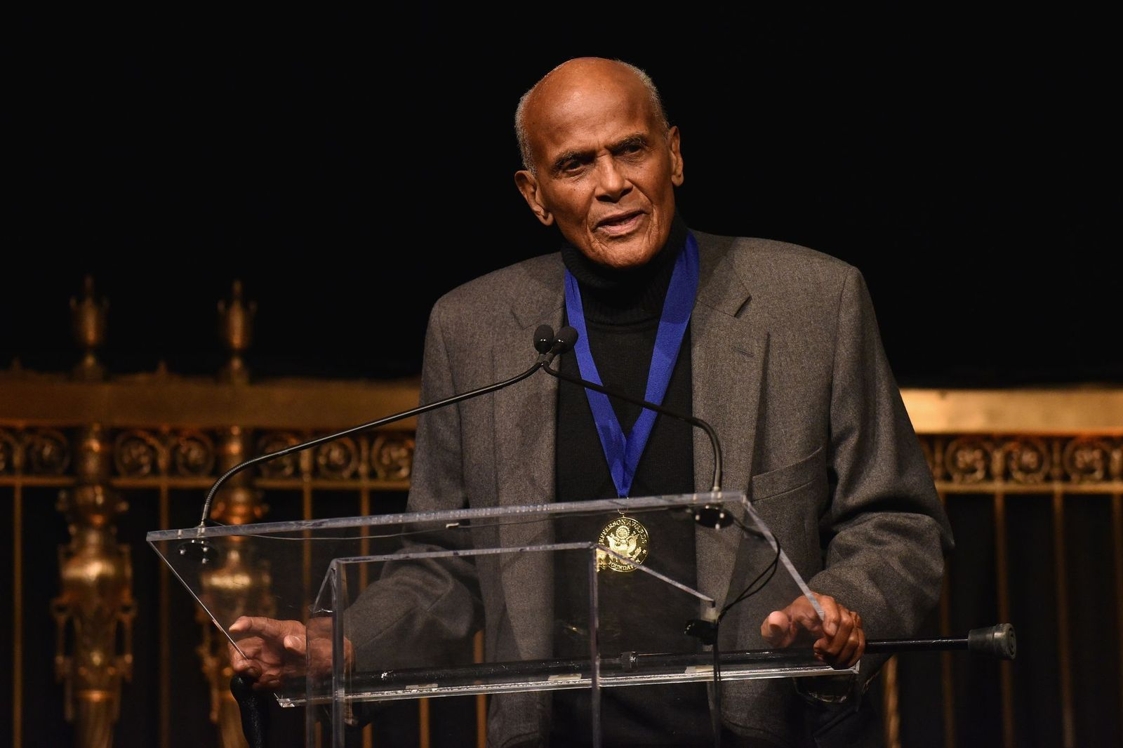 Harry Belafonte receives The Lifetime Achievement Award during the Jefferson Awards FoundationNYC National Ceremony on March 15, 2017, in New York City | Photo:Bryan Bedder/Getty Images