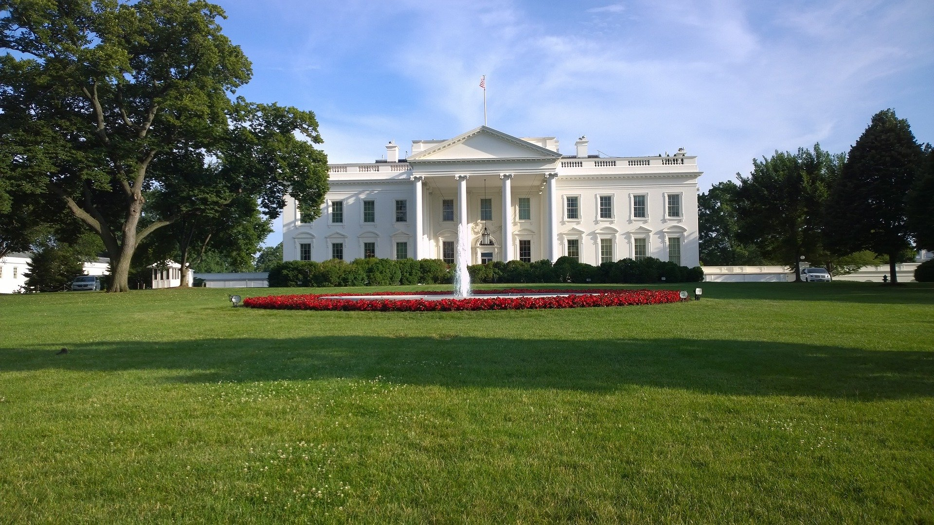 The US President could not believe any house could be bigger than the White House. | Photo: Pixabay/MotionStudios