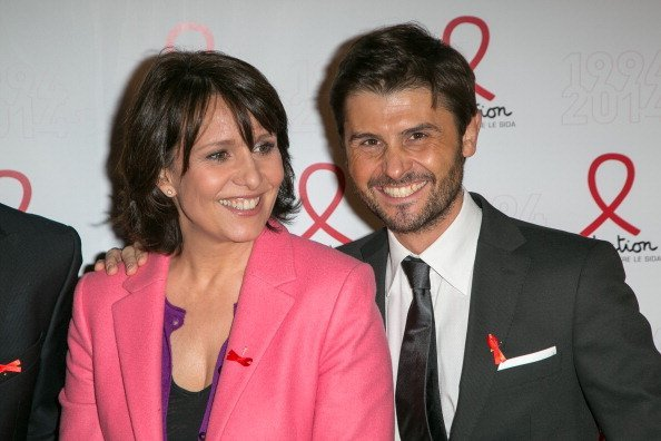 Carole Rousseau et Christophe Beaugrand assistent au 20e anniversaire de Sidaction au Musée du Quai Branly à Paris, France. | Photo : Getty Images