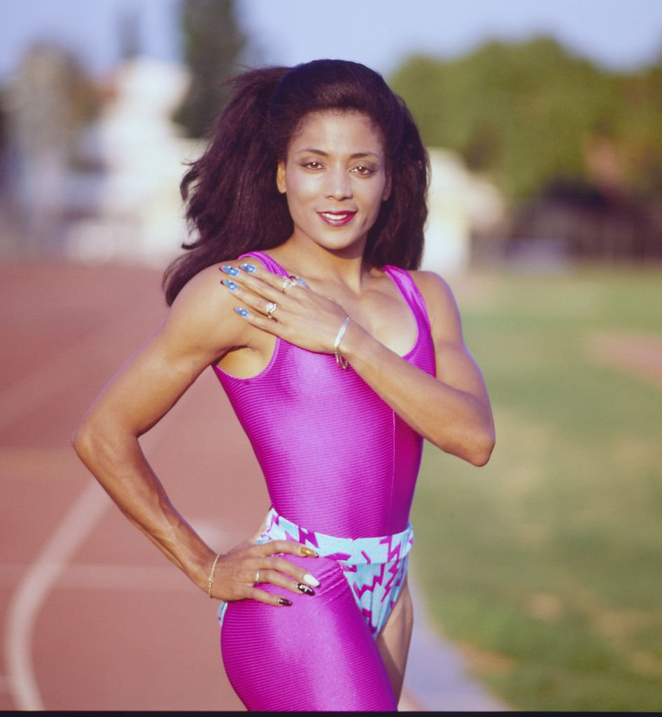 Florence Griffith-Joyner's outdoor portrait shot in Los Angeles, California in 1982. | Photo: Getty Images