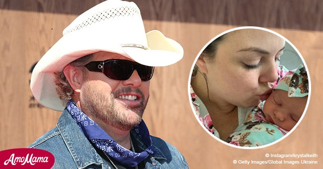 Toby Keith's daughter posted his new granddaughter's first public picture and she's so cute