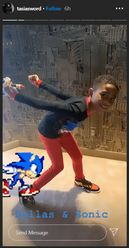 Fantasia Barrino S Son Dallas Is Growing Up Fast As He Poses Like Sonic In This Cute Photo