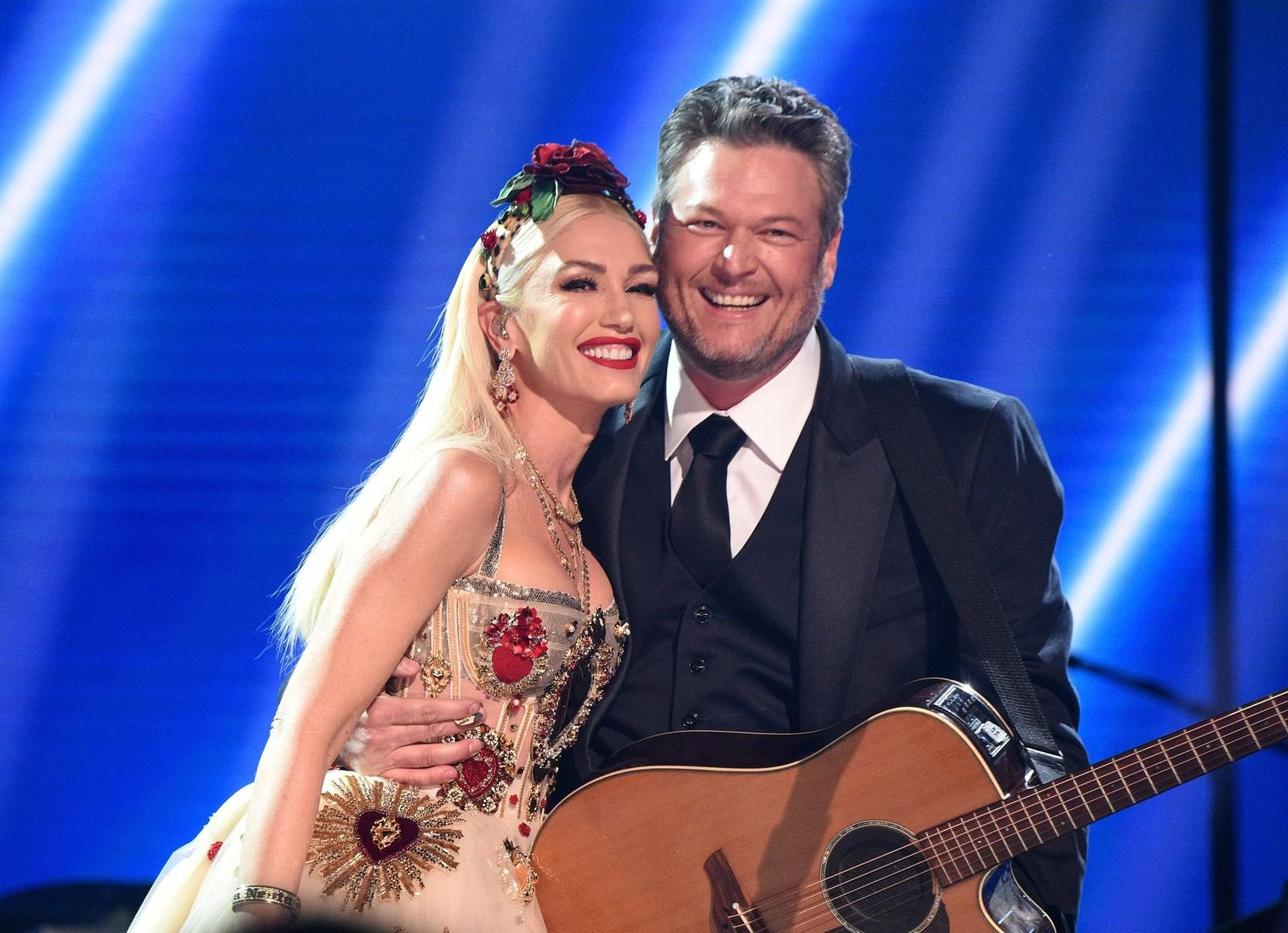 Gwen Stefani and Blake Shelton pose onstage during the 62nd Annual GrammyAwardson January 26, 2020, in Los Angeles, California | Photo:Kevin Mazur/Getty Images