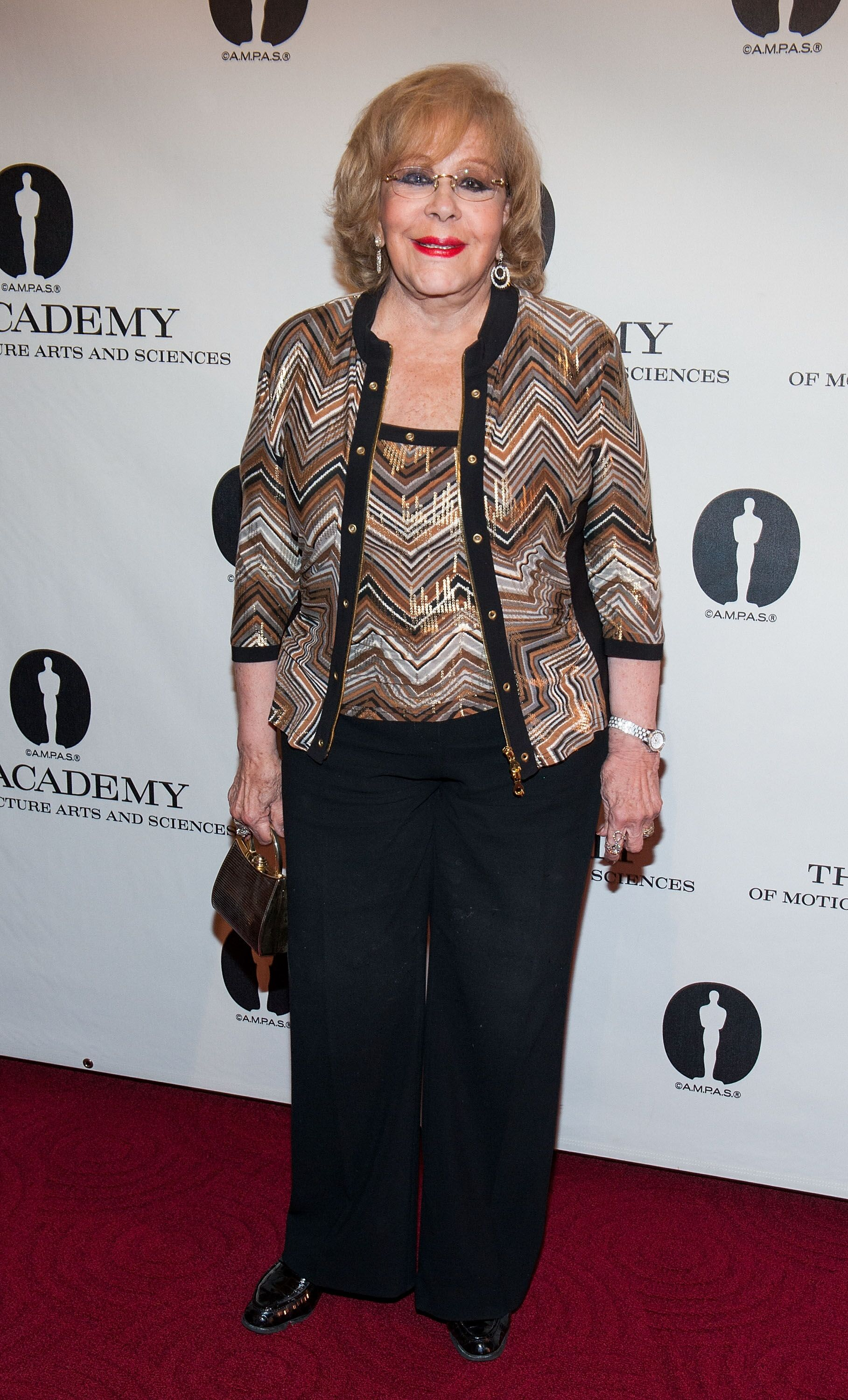 Silvia Pinal en el evento The Academy Of Motion Picture Arts And Sciences presenta Una Noche en Honor al cinematógrafo mexicano Gabriel Figueroa en el Teatro AMPAS Samuel Goldwyn en September de 2013 en Beverly Hills, California.. | Imagen: Getty Images/GlobalImagesUkraine
