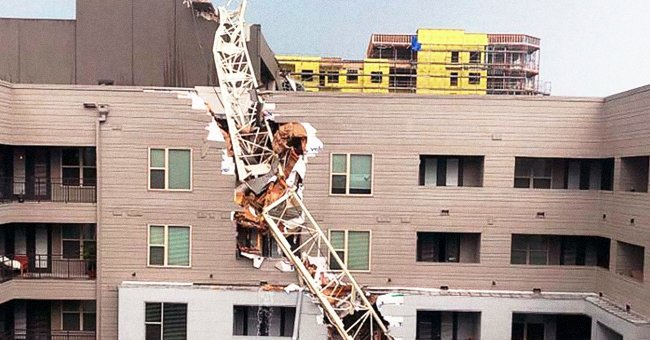 The building damaged by the crane | Photo: Twitter/ Good Morning America.
