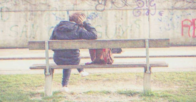 Homeless Guy Asked to Sit Next to Me, Thank God I Agreed – Story of the Day