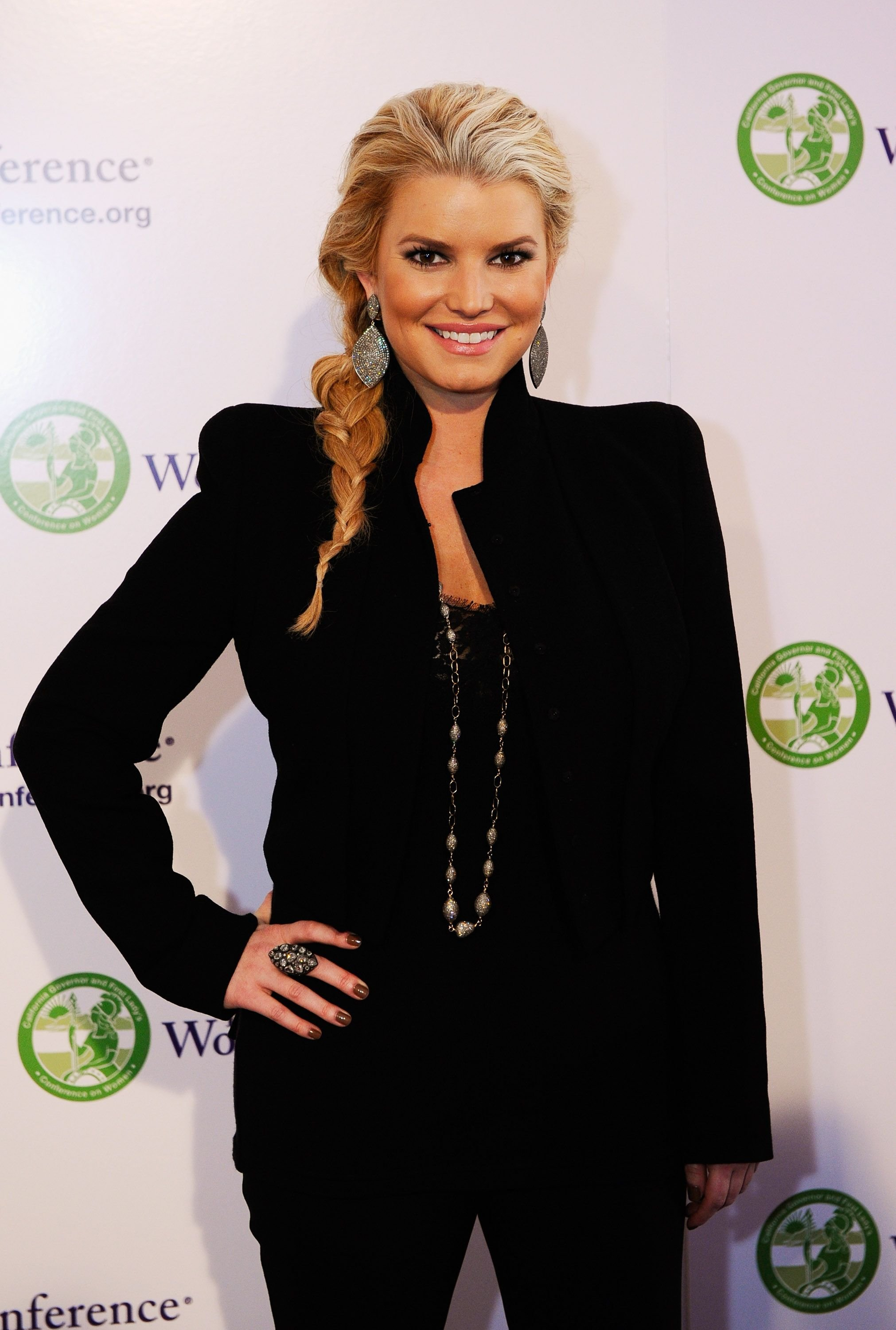 Jessica Simpson arrives California first lady Maria Shriver's annual Women's Conference 2010 on October 26, 2010 at the Long Beach Convention Center in Long Beach, California. | Source: Getty Images