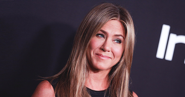 """Jennifer Aniston dit qu'Ellen DeGeneres a des """"lèvres si douces"""" après leur baiser"""