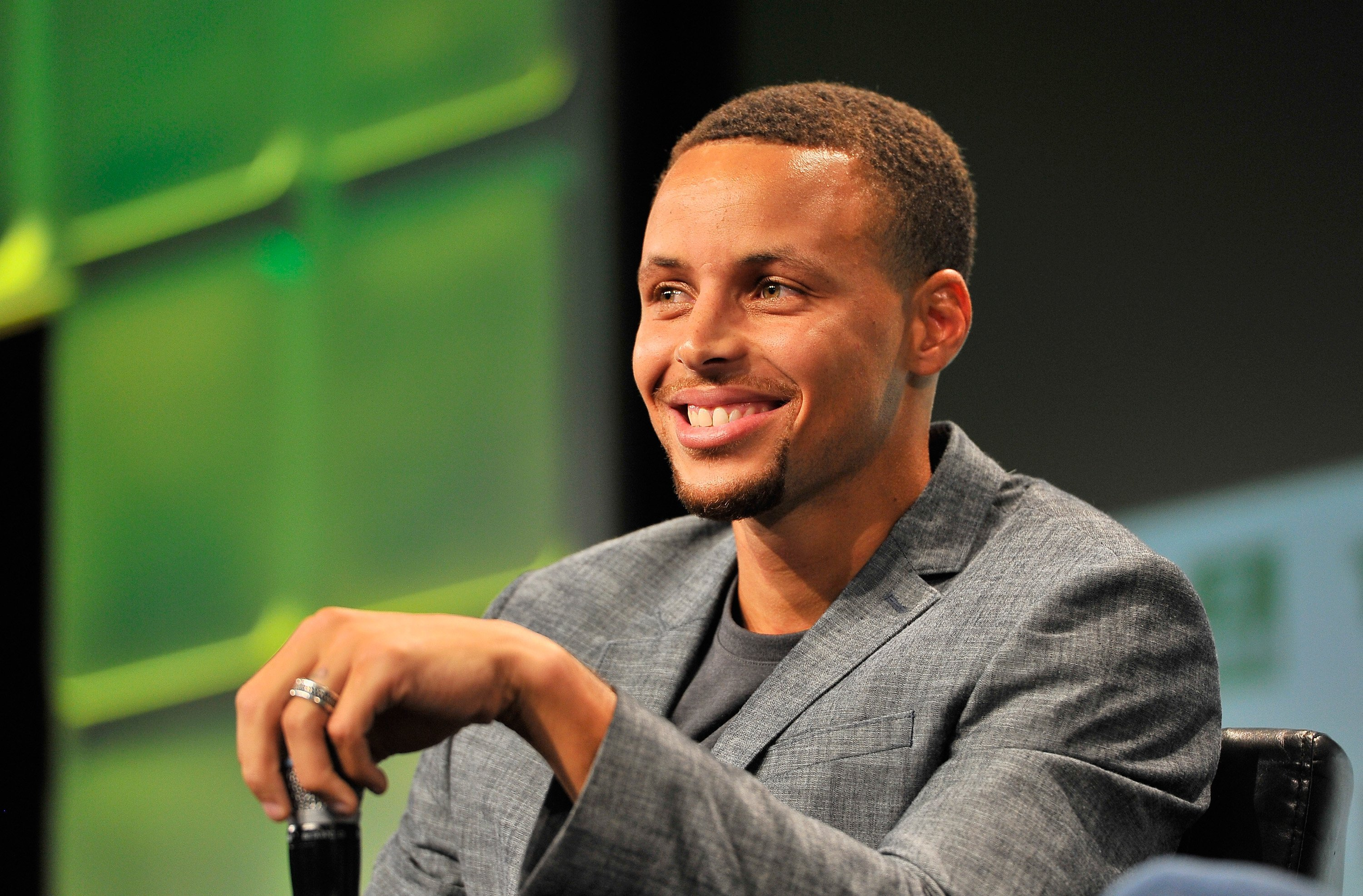 Stephen Curry during a speaking engagement in San Francisco in September 2016. | Photo: Getty Images
