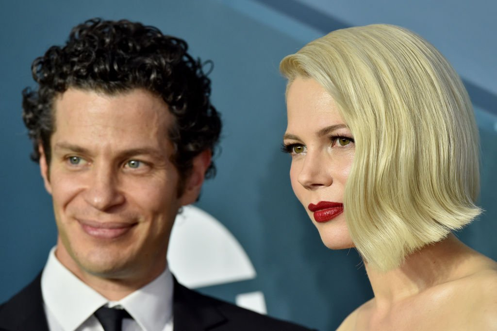 Thomas Kail and Michelle Williams attend the 26th Annual Screen Actors Guild Awards at The Shrine Auditorium on January 19, 2020.   Photo: Getty Images