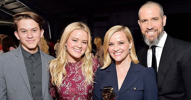 Check Out Reese Witherspoon's DIY Porch Decoration for Halloween