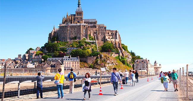 Où est situé le Mont Saint-Michel ? En Bretagne, selon le New York Times
