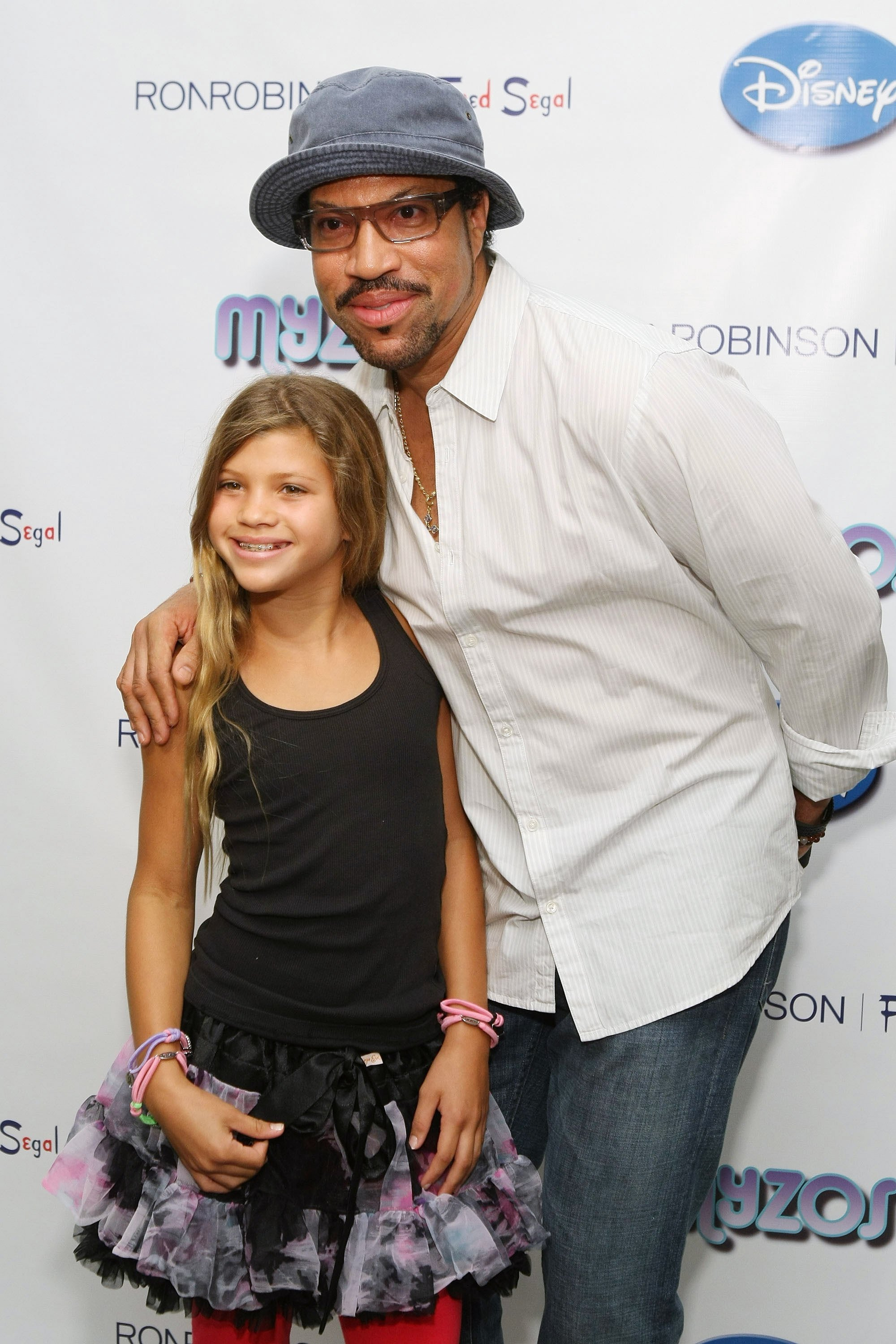 Throwback picture of Lionel Richie and his daughter Sofia Richie on August 22, 2009 in Santa Monica, California. | Source: Kristian Dowling/Getty Images