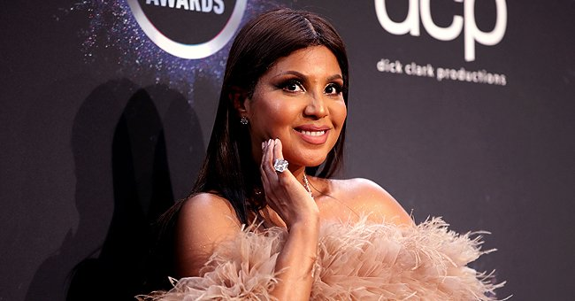 Toni Braxton's Grown Sons Denim and Diezel Bear Strong Resemblance to Mom as They Pose Together at the 2019 AMAs in New Pics