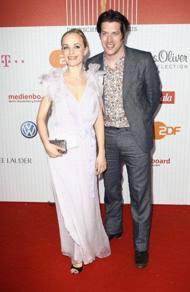 Friederike Kempter und ihr Partner, Lola - German Film Award 2011, Berlin | Quelle: Getty Images