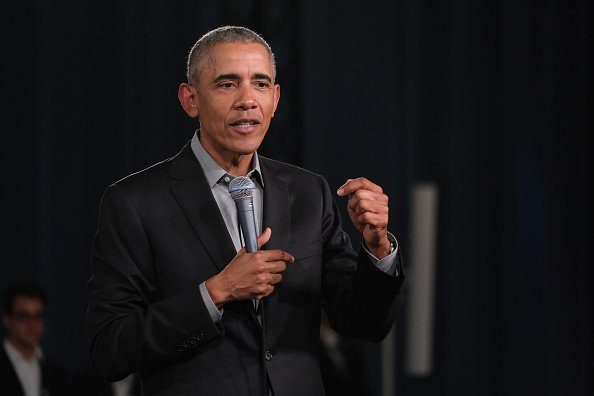 Former U.S. President Barack Obama speaks to young leaders from across Europe on April 06, 2019 | Photo: Getty Images