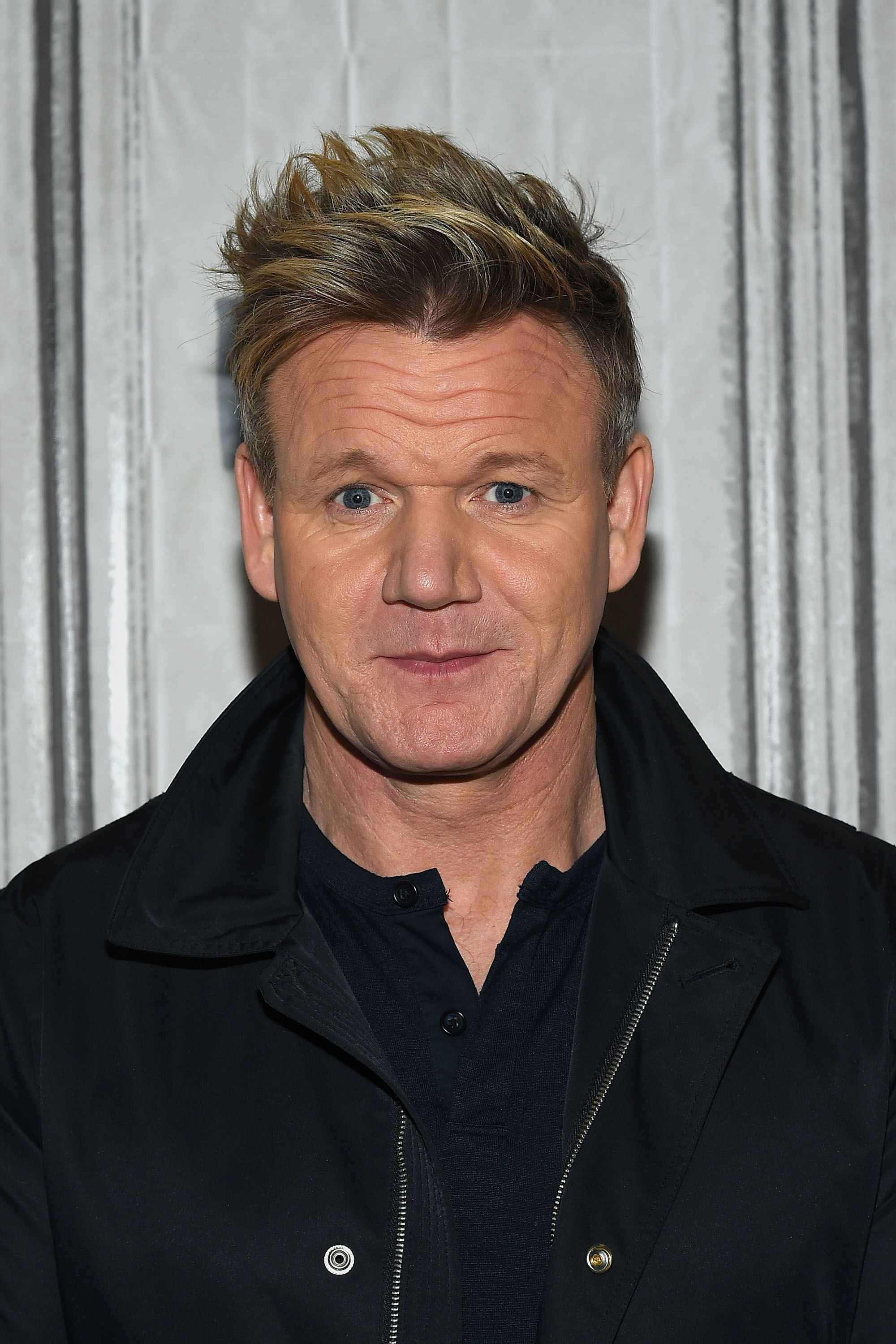 "Le célèbre chef Gordon Ramsay assiste à la série Build pour discuter de la ""MasterClass"" : Gordon Ramsay enseigne la cuisine"" au Build Studio le 3 février 2017 à New York 