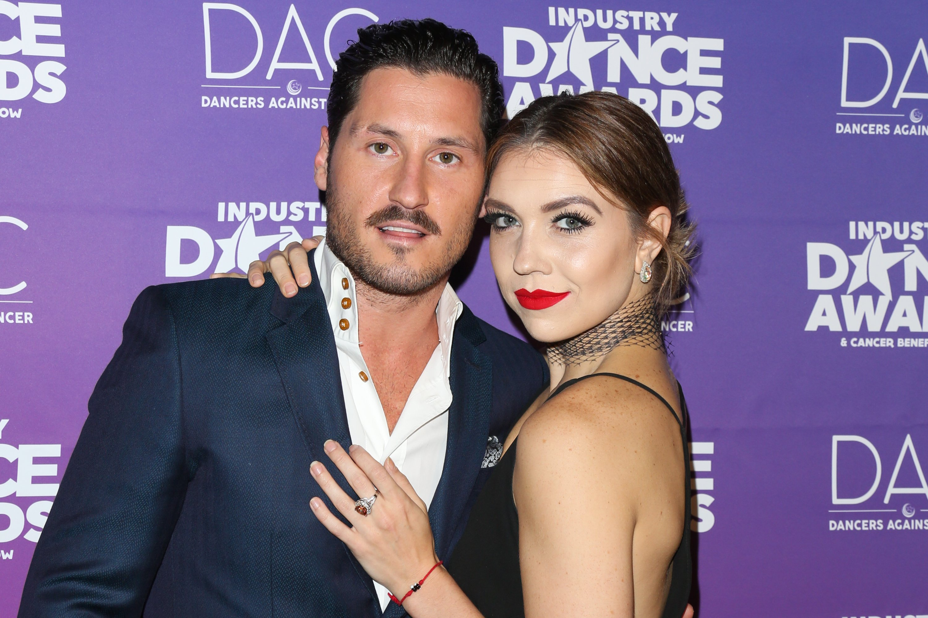 Val Chmerkovskiy and his wife, Jenna Johnson attending the 2017 Industry Dance Awards in Hollywood, on August 16, 2017. | Photo: Getty Images.