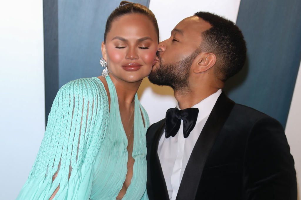 Chrissy Teigen and John Legend at the 24th annual Critics' Choice Awards | Photo: Getty Images