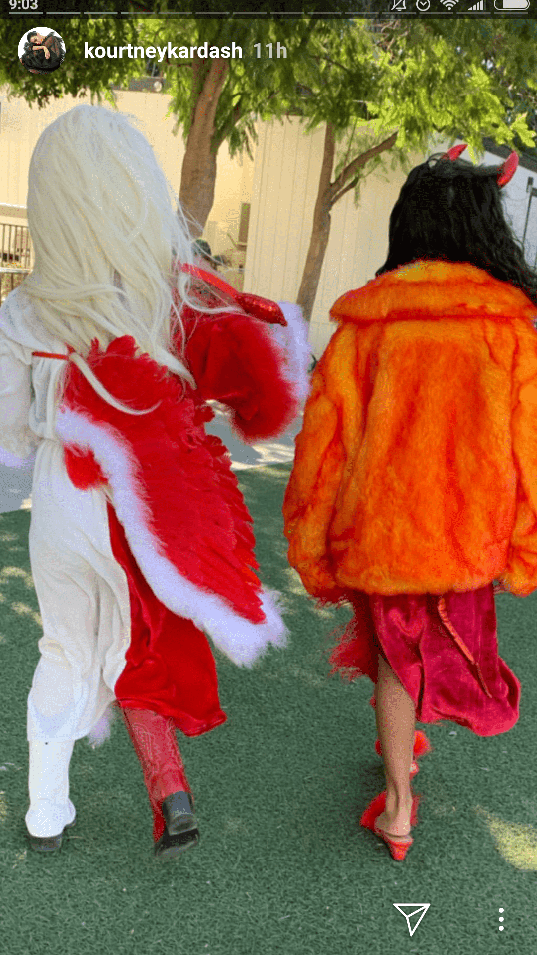Penelope Disick goes and an angel/devil and North West dresses as a devil for Halloween | Source: instagram.com/kourtneykardash