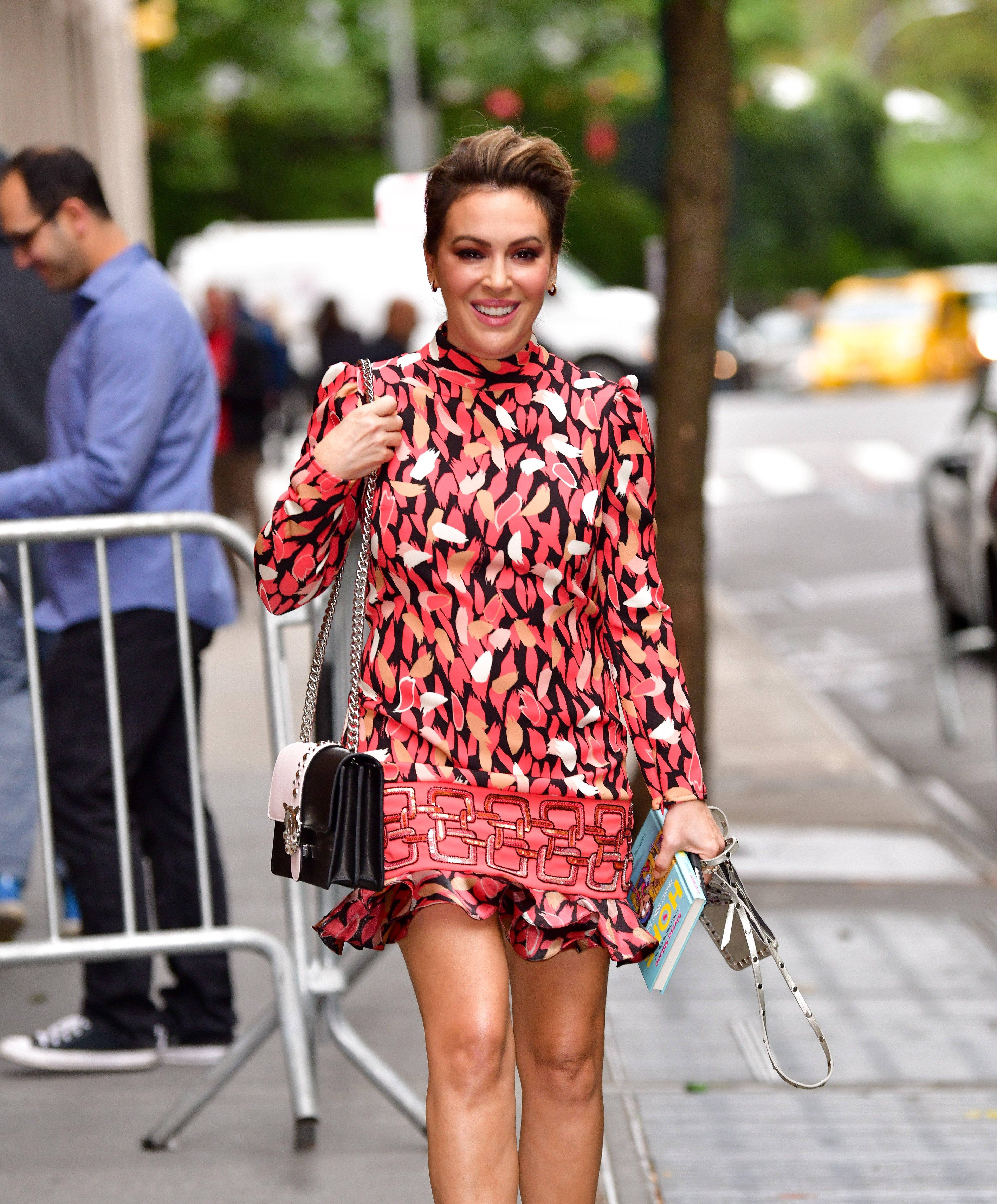 """Alyssa Milano leaves ABC's """"The View"""" on October 16, 2019   Photo: GettyImages"""