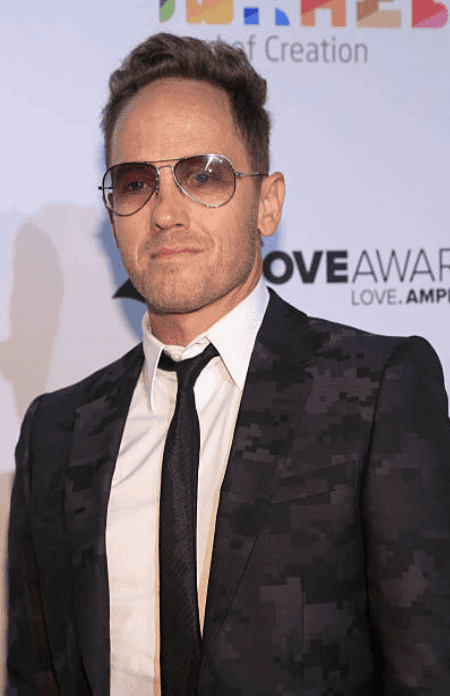 TobyMac poses on the red carpet after arriving at the 2016 Dove Awards at Allen Arena, on October 11, 2016, in Nashville, Tennessee | Source: Anna Webber/Getty Images for Dove Awards