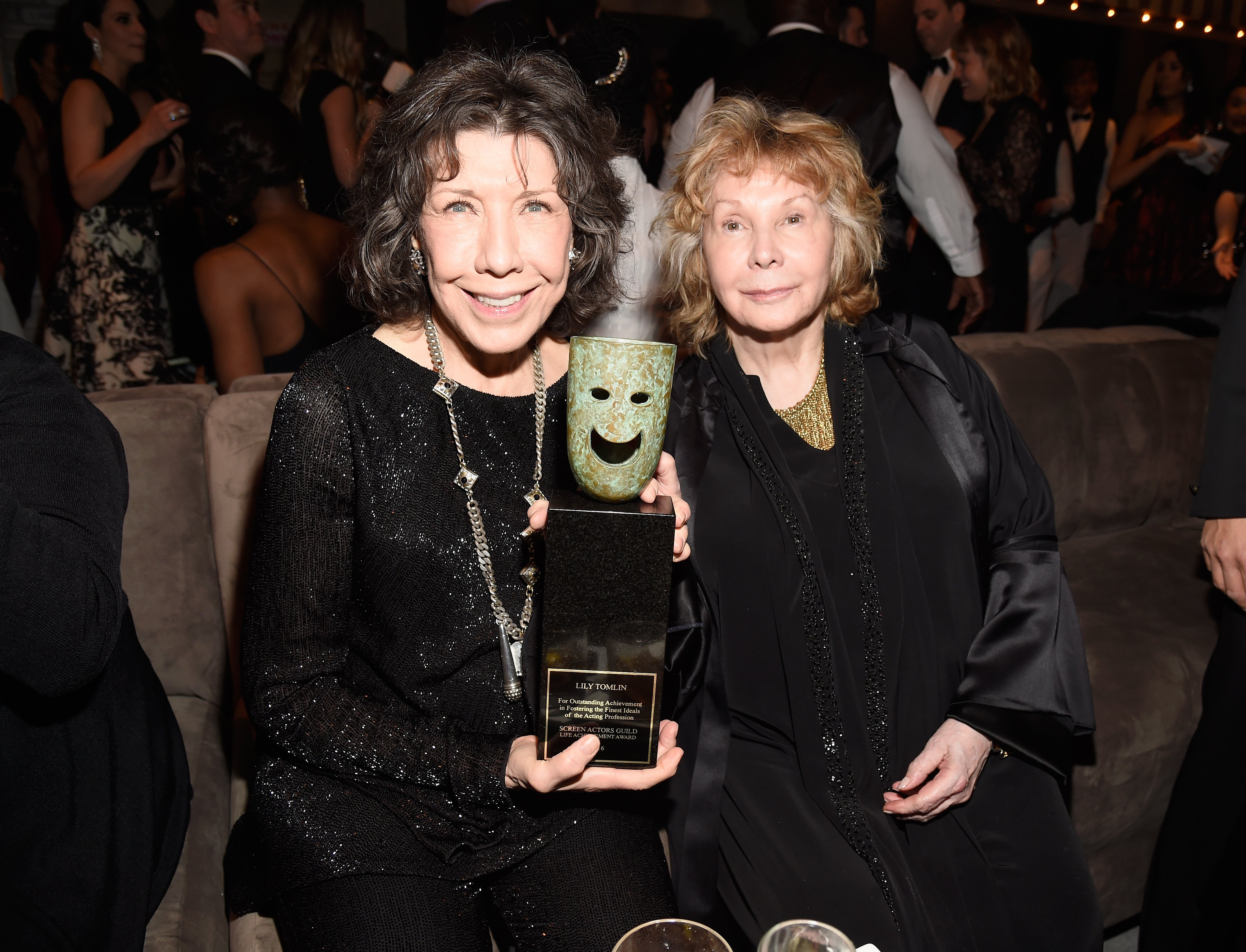 Lily Tomlin and Jane Wagner attend People And EIF's Annual Screen Actors Guild Awards Gala on January 29, 2017. | Source: Getty Images