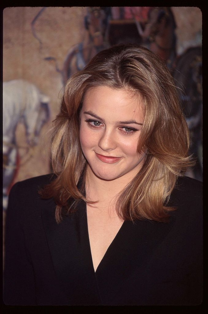 Alicia Silverstone stands at the National Board of Review Awards. | Source: Getty Images