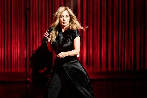 Lara Fabian se produit au Dolby Theatre le 23 septembre 2019 à Hollywood, en Californie. | Photo : Getty Images