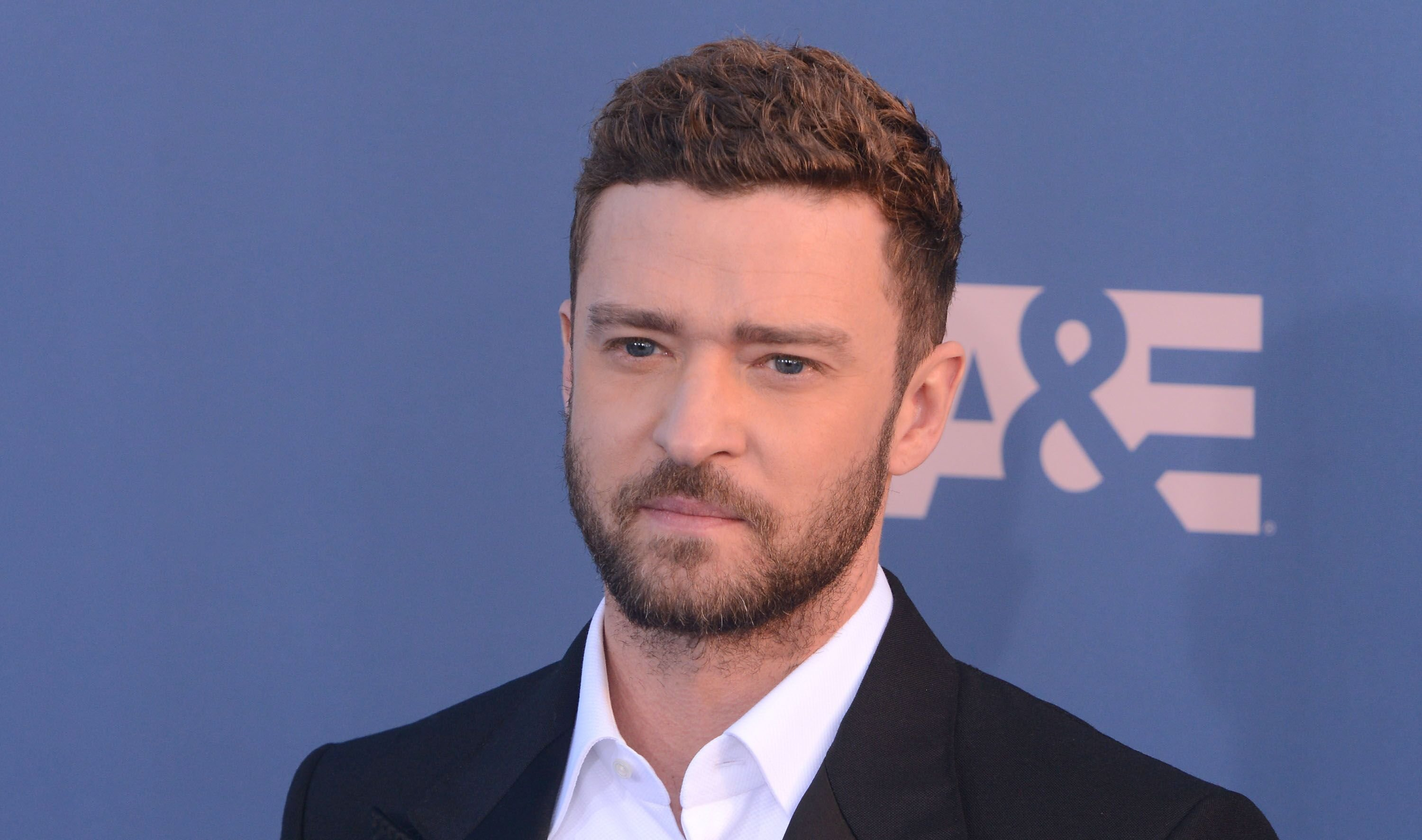 Justin Timberlake arrives at The 22nd Annual Critics' Choice Awards at Barker Hangar in Santa Monica, California. | Photo: Getty Images