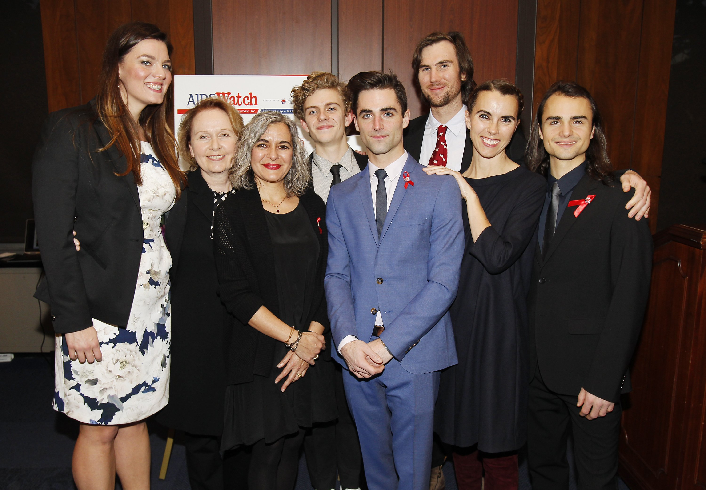 Eliza Carson, Kate Burton, Laela Wilding, Finn McMurray, Quinn Tivey, Tarquin Wilding, Naomi Wilding, and Rhys Tivey attend the AIDSWatch 2016 Positive Leadership Award Reception at the Rayburn House Office Building on February 29, 2016 | Photo: GettyImages