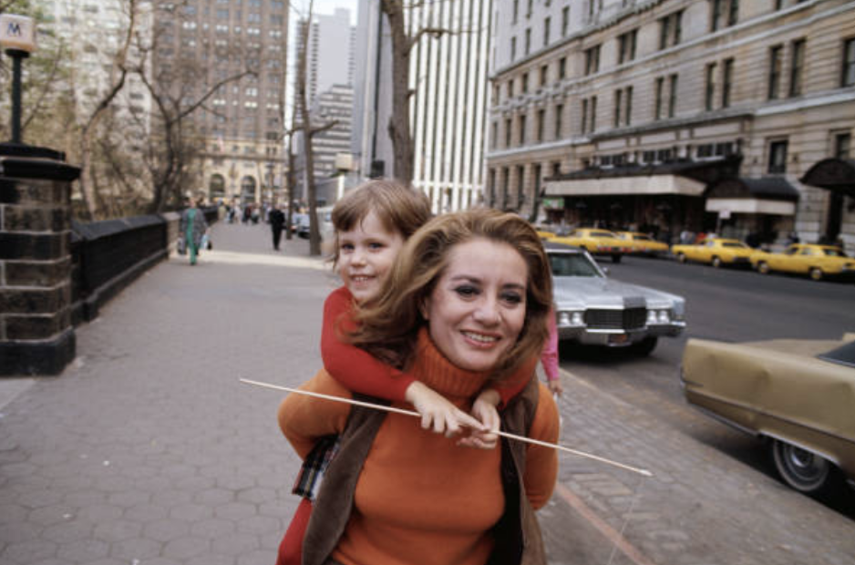 Barbara Walters and daughter, Jaqueline. 1970. Image Credit: Getty Images