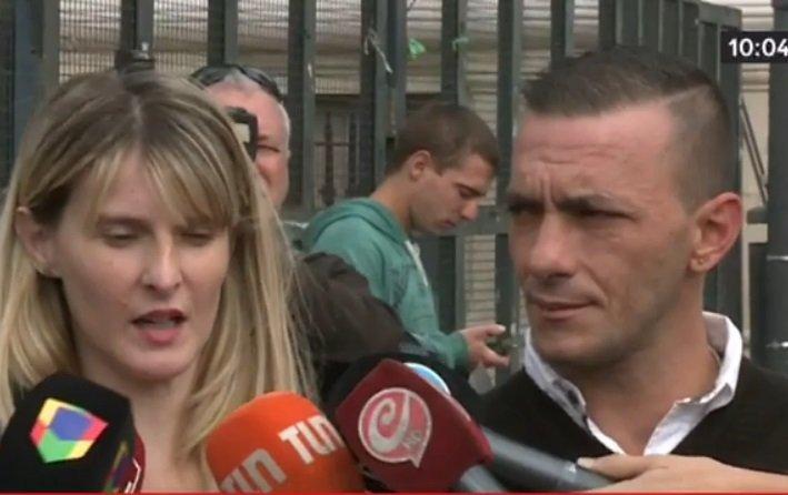 Los padres de Brian declaran a la prensa. | Foto: YouTube/YouTube C5N