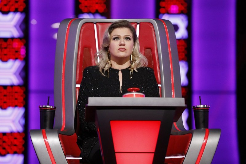 """Kelly Clarkson in """"The Voice"""" season 16 on October 24, 2018   Photo: Getty Images"""