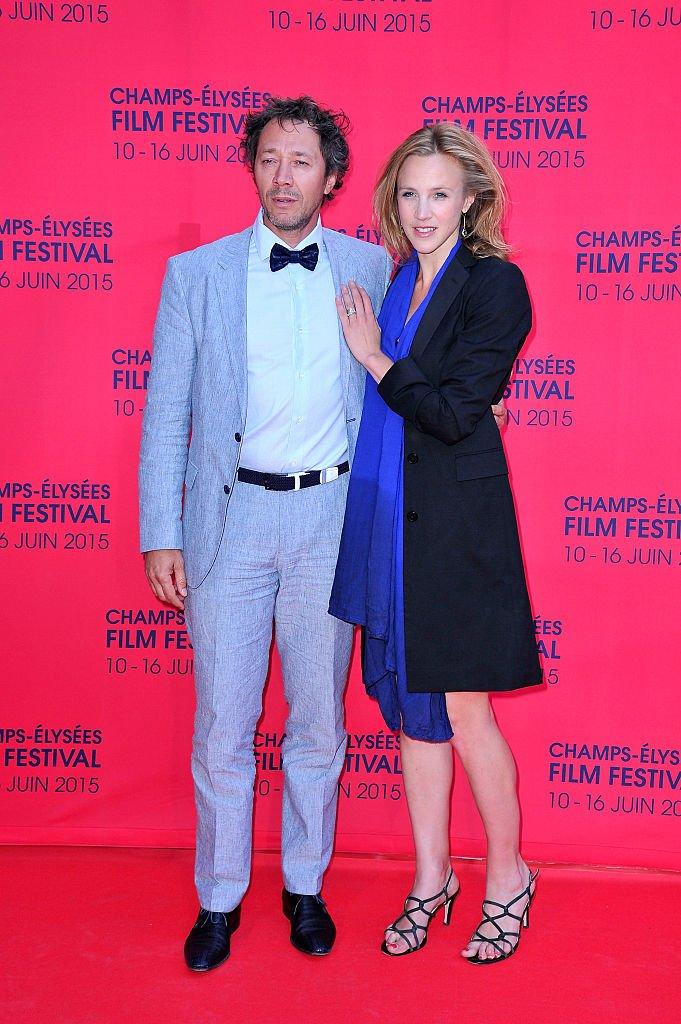 Bruno Debrandt et sa compagne Marie Kremer le 9 juin 2015 à Paris. l Source : Getty Images