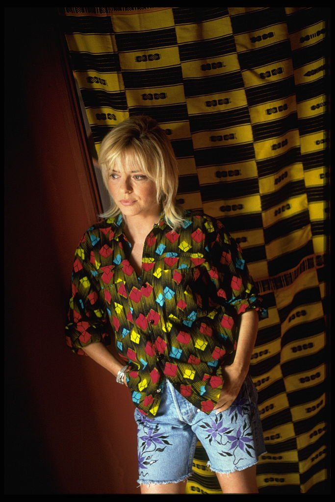 France Gall dans sa maison de l'île de Ngor. l Source : Getty Images