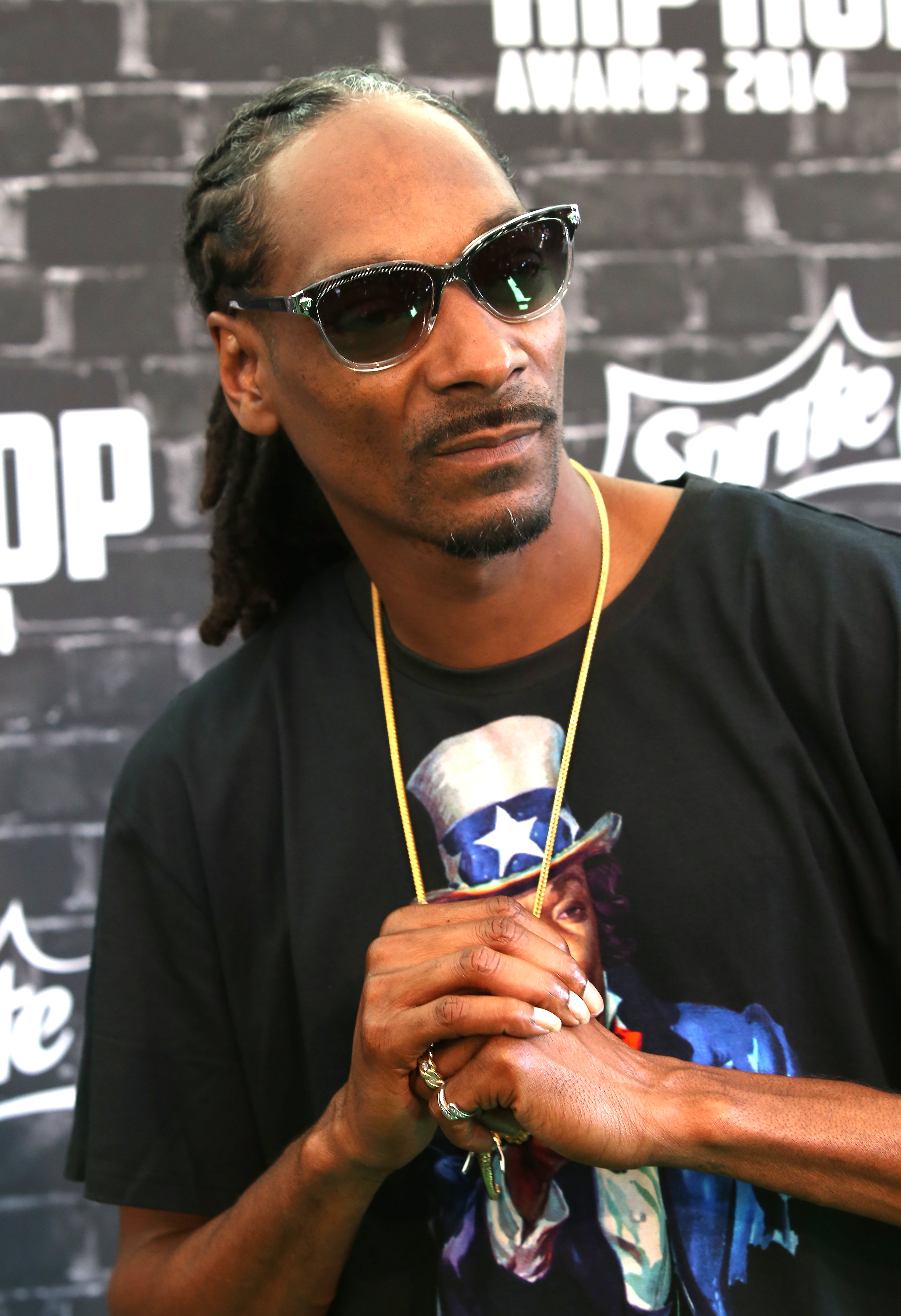 Snoop Dogg at the 2014 BET Hip Hop Awards red carpet. September 20, 2014| Photo: Getty Images