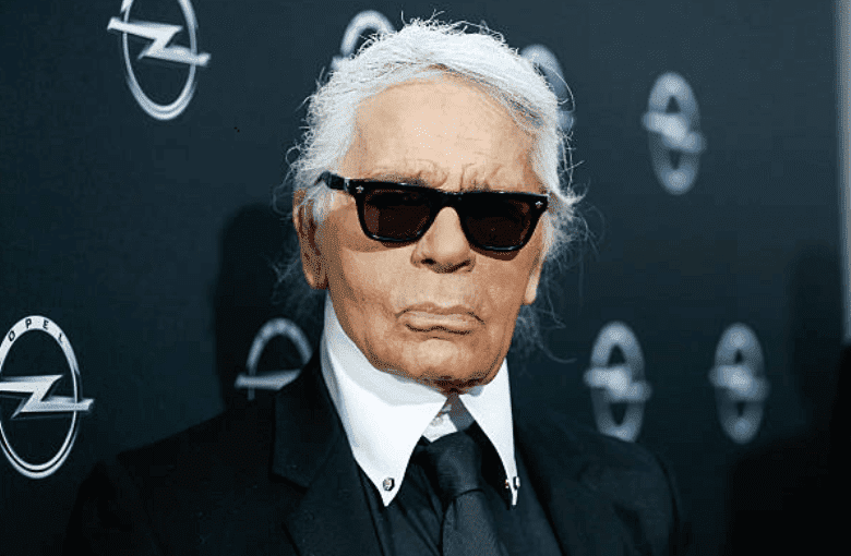Karl Lagerfeld poses on the red carpet at the 'Corsa Karl Und Choupette' Vernissage, on February 03, 2015 in Berlin, Germany   Source: Photo by Franziska Krug/Getty Images