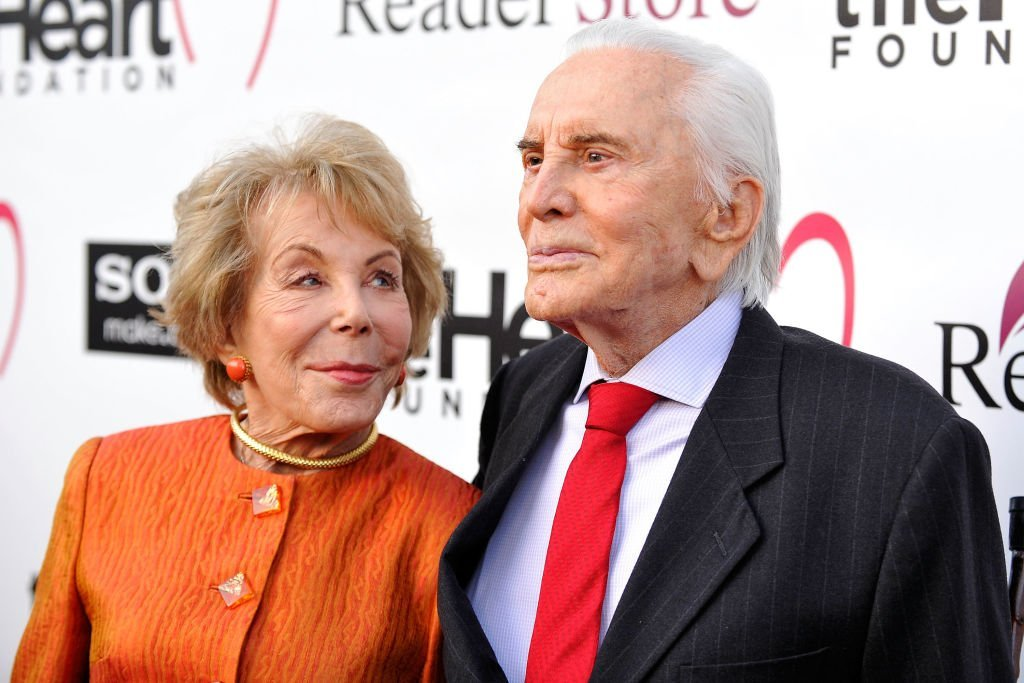Anne Douglas and Kirk Douglas arrive at the Heart Foundation Gala - Arrivals at the Hollywood Palladium on May 10, 2012 | Photo: GettyImages
