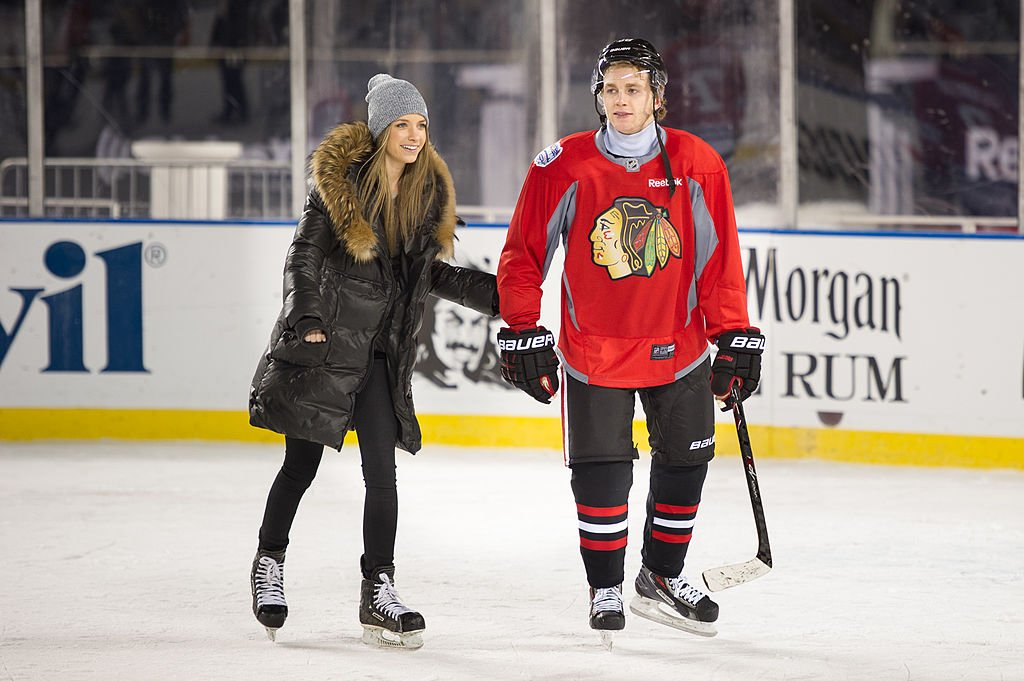 Patrick Kane skates with his girlfriend Amanda during the 2014 NHL Stadium Series family skate on February 28, 2014   Photo: Getty Images
