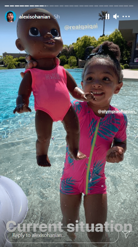 A picture of Olympia Ohanian and her doll, Qai Qai, on Alexis Ohanian's Instagram story   Photo: Instagram.com/alexisohanian