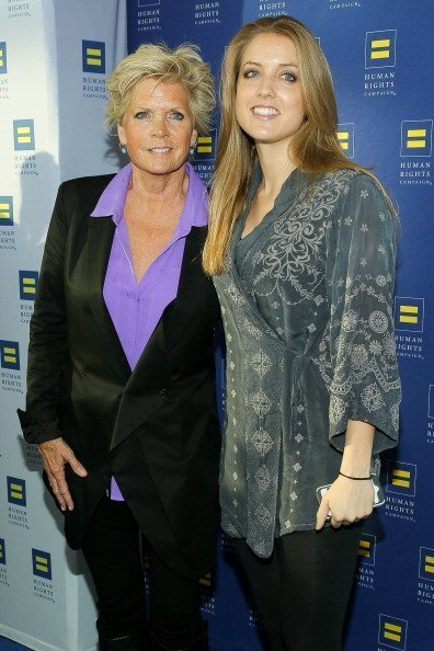 Meredith Baxter and Mollie Birney at the Human Rights Campaign Los Angeles Gala on March 22, 2014 | Photo: Getty Images