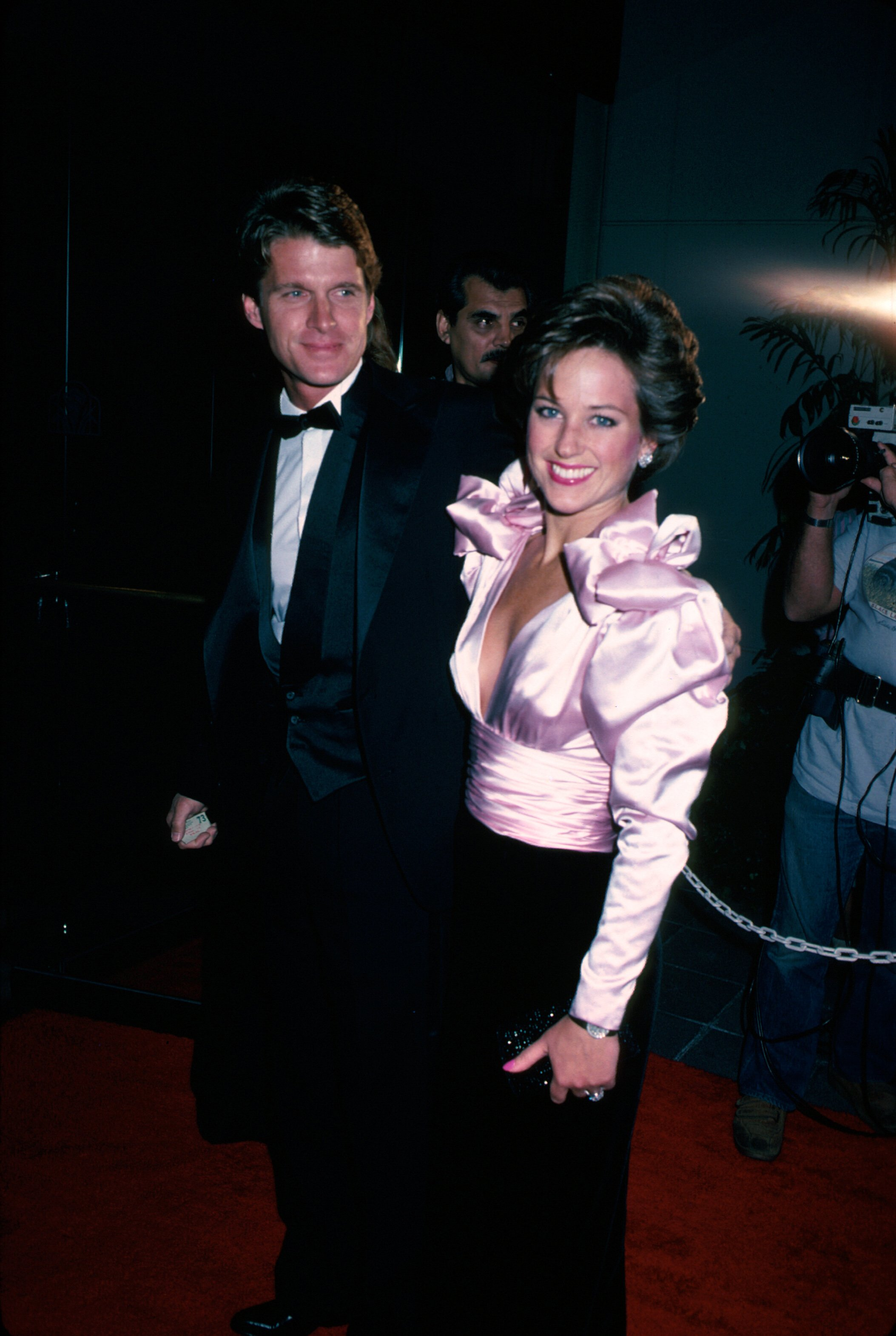 Dean Paul Martin and Olympic figure skater Dorothy Hamill circe 1983 | Source: Getty Images