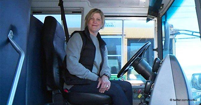 Une conductrice de bus saluée comme une héroïne pour avoir sauvé la vie d'un enfant de 8 ans dans une vidéo dramatique