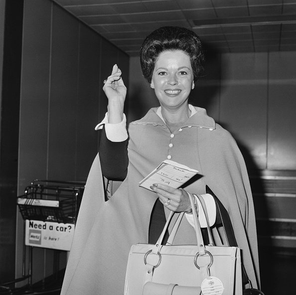 Shirley Temple at Heathrow airport in London on 5th June 1972 | Source: Getty Images