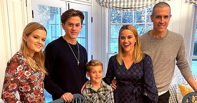 Glimpse at Reese Witherspoon's Thanksgiving Day Celebration with Her Beautiful Family