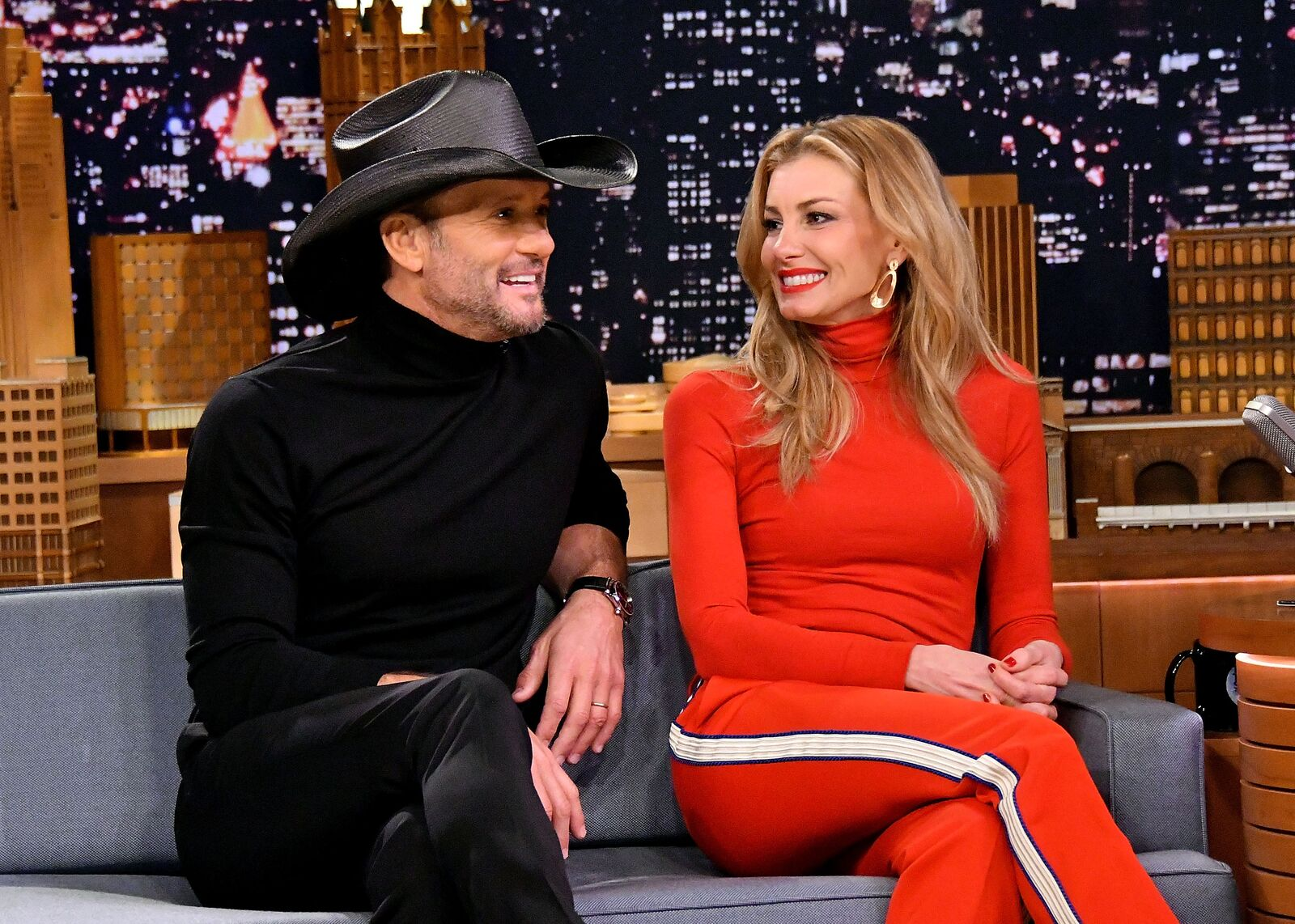"""Singer/songwriter Tim McGraw (L) and wife/singer Faith Hill are interviewed on """"The Tonight Show Starring Jimmy Fallon"""" at Rockefeller Center on November 16, 2017 in New York City 