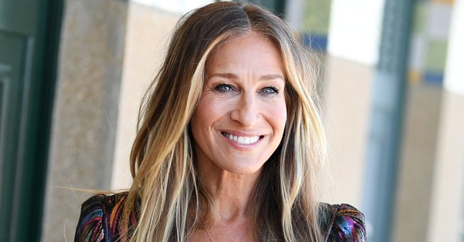 Sarah Jessica Parker Shares Old 'Sex and the City' Photos with WWHL Host Andy Cohen