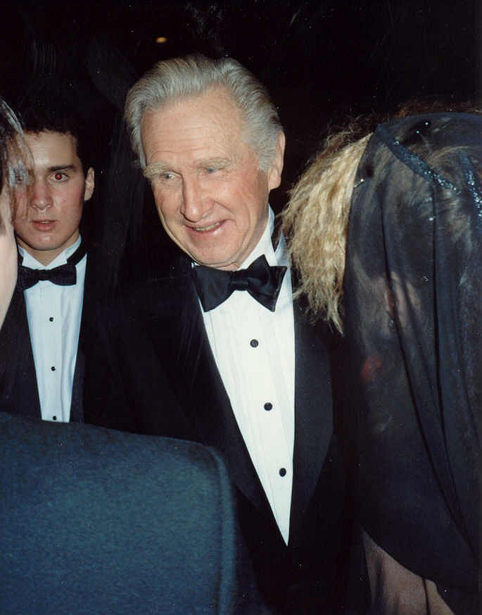 Lloyd Bridges at the 61st Academy Awards in 1989 | Photo: Wikimedia Commons Images